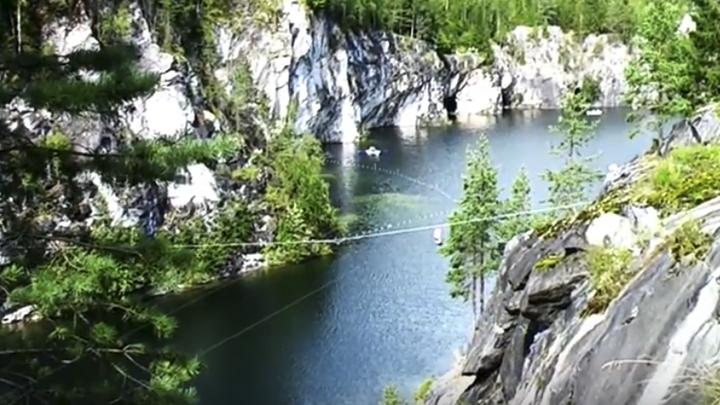 Лесоруб из Карелии превратил мраморный карьер в горный парк