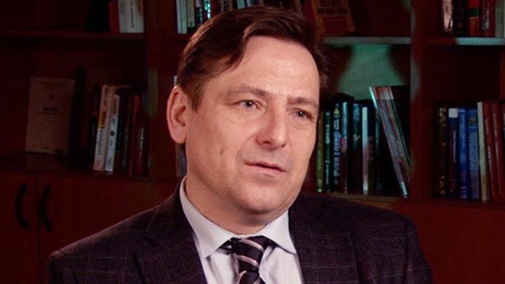 Советник президента Российского общественно-политического центра Дмитрий Николаевич Бурых