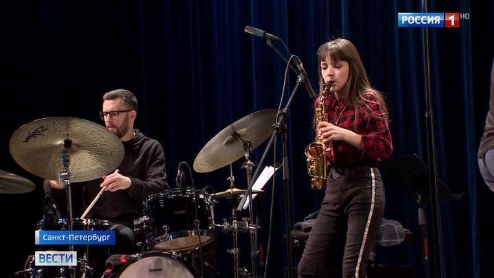 Импровизация и легкое музыкальное хулиганство: Мацуев сыграл с детьми джаз