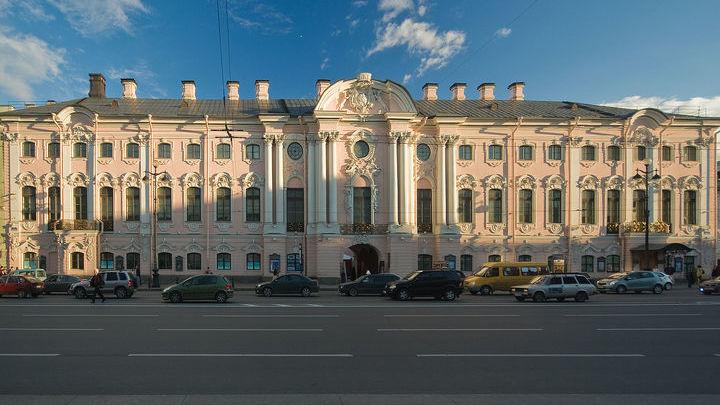 Строгановский дворец. Фото George Shuklin (talk) - собственная работа