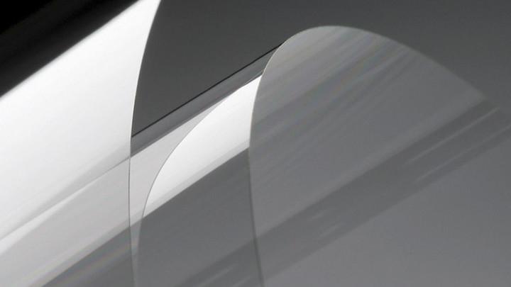 Corning обещает создать гибкое стекло для сгибаемых смартфонов