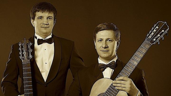 "Дуэт ""Русские гитары"" .  Владимир Сумин и Владимир Маркушевич /Фото https://zhazh.ru//"