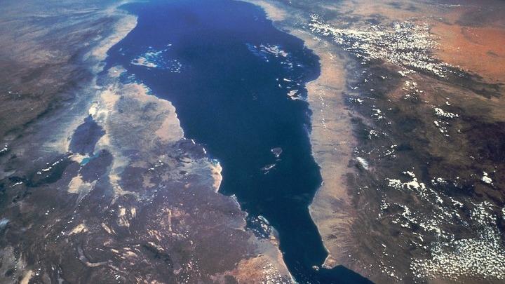 Земля из космоса…Архив Л.Варебруса