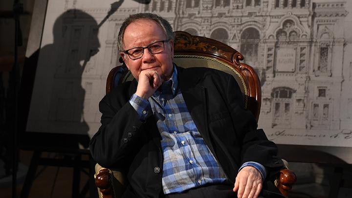 Леонид Хейфец принимает поздравления с юбилеем
