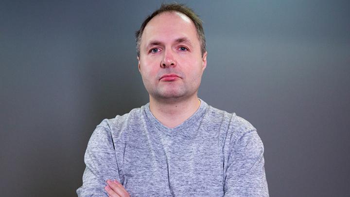 Спортивный комментатор Николай Саприн.