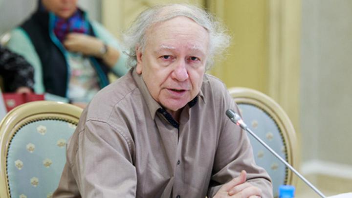 Член координационного совета по развитию туризма в РФ, соруководитель рабочей группы по детскому туризму Сергей Владимирович Минделевич.