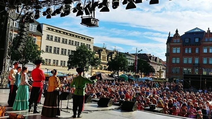 """""""Казачья справа"""" открывает фолк-фестиваль Еврорадио в Рудольштадте. Фото Людмилы Осиповой"""