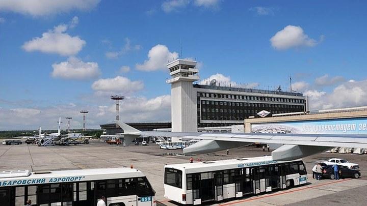 """В аэропорту Хабаровска прошла массовая эвакуация после сообщений о """"минировании"""""""