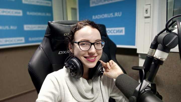 """Екатерина Викторовна Ефремова в студии """"Радио России"""""""
