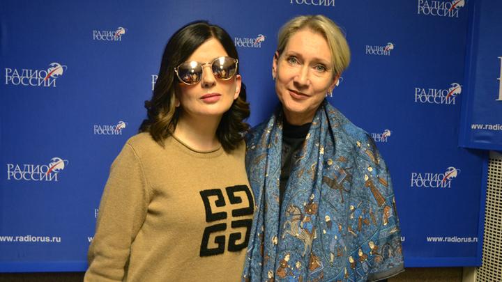 Ведущая Диана Гурцкая и певица, поэт и композитор Ирина Богушевская