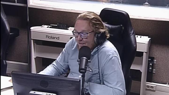 Сергей Стиллавин и его друзья. Первая любовь