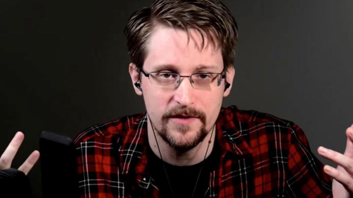 Сноуден в ближайшее время подаст заявление на российское гражданство