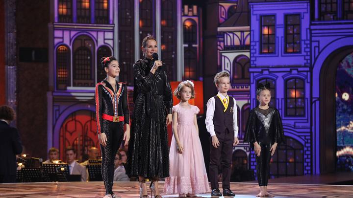 Во втором выпуске нового сезона победили Лала Крамаренко, Вита Корниенко и Захар Внутских