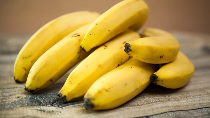 АКОРТ успокоила россиян: розничные сети не допустят дефицита бананов