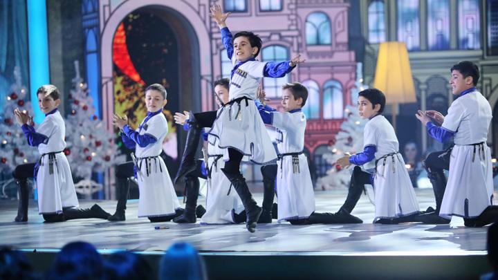 """Ансамбль """"Акъ-Таш"""" попурри из народной кавказской музыки"""