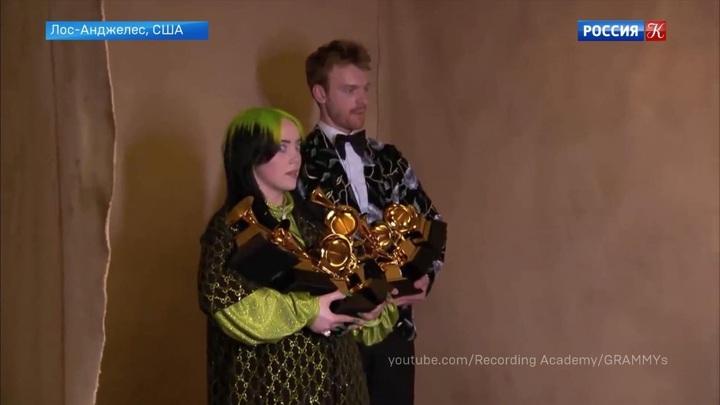 """Музыкальную премию """"Грэмми""""  вручили в Лос-Анджелесе"""