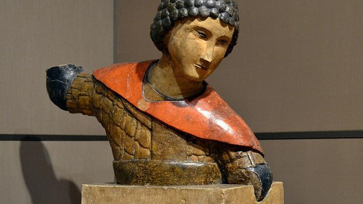 Скульптура святого Георгия Победоносца. Около 1464 г. / ГТГ / автор фото - Д. Иванов /  CC BY-SA 3.0
