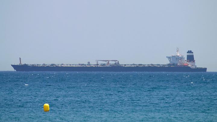Иранское грузовое судно подверглось атаке в Средиземном море