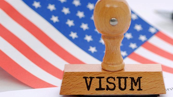 Посольство США перестало выдавать россиянам большинство виз