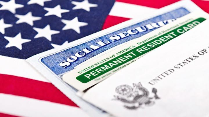 Мария Захарова осудила новый порядок выдачи американских виз