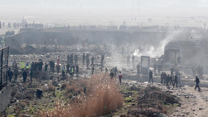 Иран заплатит по 150 тысяч долларов семьям жертв украинского Boeing