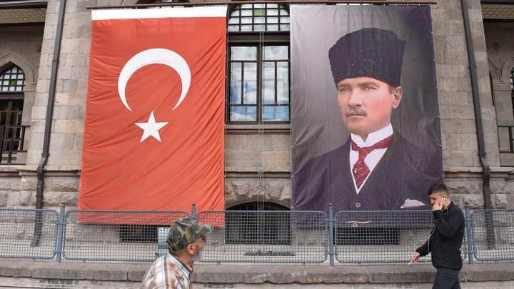 Турция высылает послов США, Франции, Германии и еще ряда стран