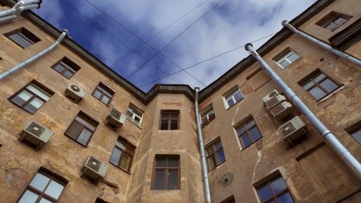 Архитектурные скандалы. В Санкт-Петербурге требуют сохранить здания советской эпохи