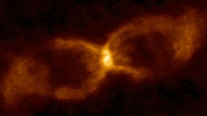 Умершая и неродившаяся: астрономы открыли новый тип столкновения звёзд