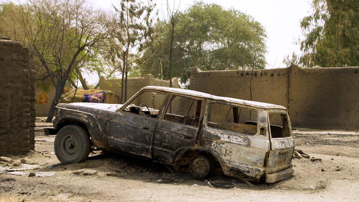 """В Нигерии 23 человека погибли во время нападения боевиков """"Боко харам"""""""