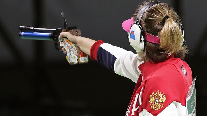 Виталина Бацарарашкина выступит в финале в стрельбе из пневматического пистолета