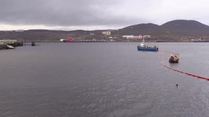 Двух рыбаков спасли с потерявшего ход судна в Мурманской области