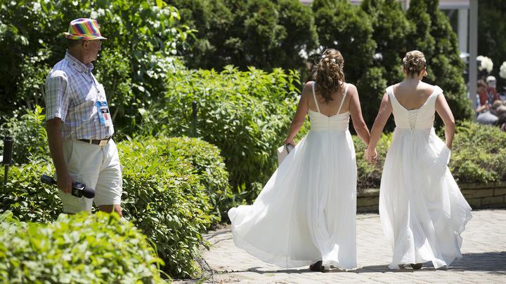 В Кремле прокомментировали решение ЕСПЧ по однополым бракам