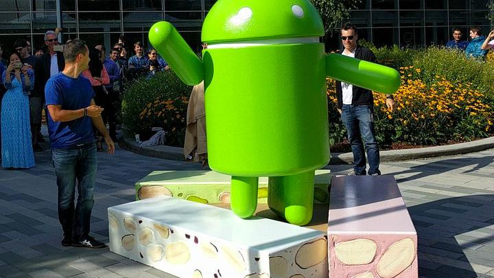"""Треть Android-смартфонов через год станут """"инвалидами"""""""