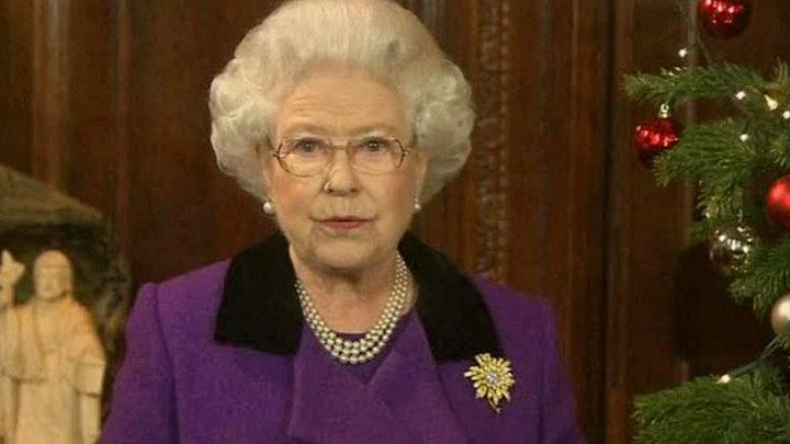 Елизавета II поздравила британцев с Рождеством