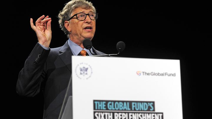 Билл Гейтс привился от COVID-19