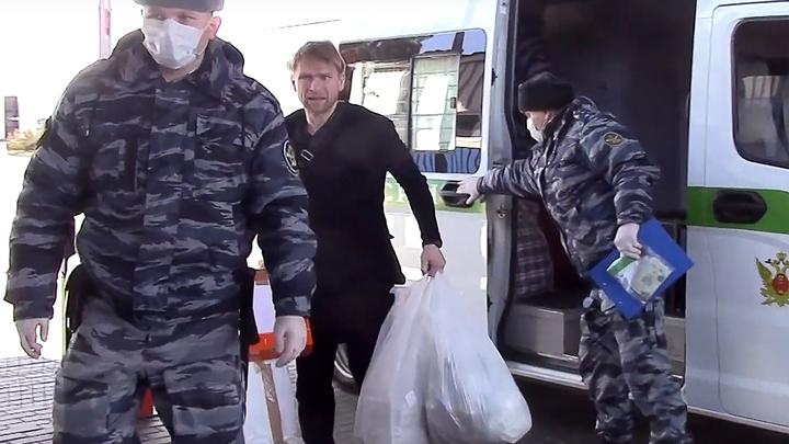 """Совладелец """"Зимней вишни"""", экстрадированный из Польши, посажен на карантин"""