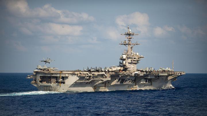 США отправили в Южно-Китайское море авианосную ударную группу
