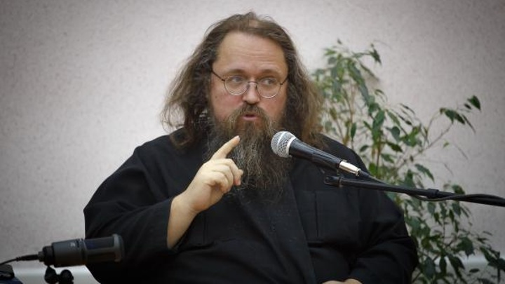 Кураеву пригрозили отлучением от Церкви