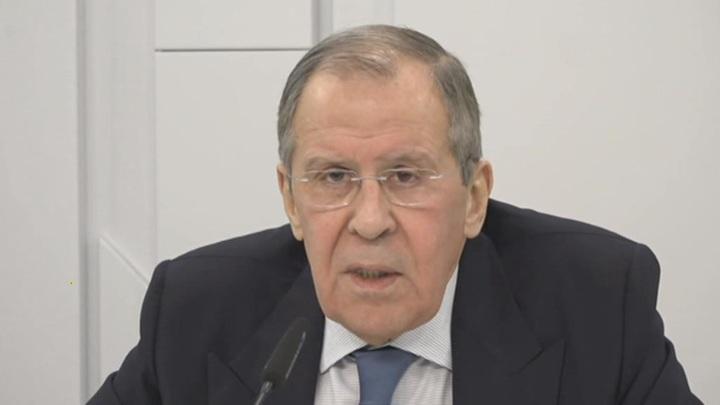 """Это немыслимо: Лавров прокомментировал ситуацию с """"отравлением"""" чешских политиков"""