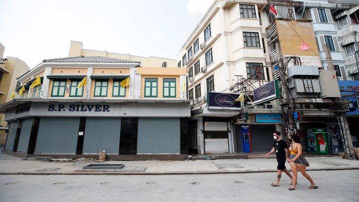 Открытие Бангкока для иностранцев опять перенесли