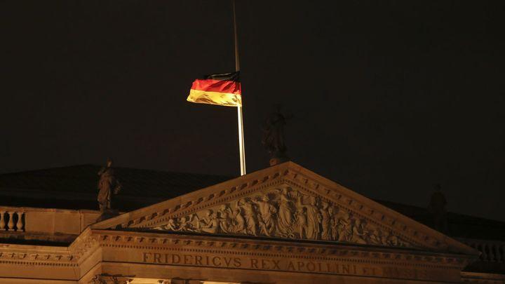 Власти Баварии с 6 мая хотят отменить ограничения для привитых от COVID-19