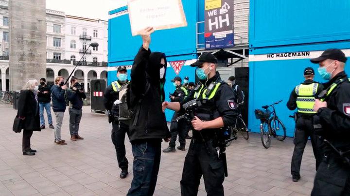 Власти Германии намерены продлить ограничительные меры до конца марта