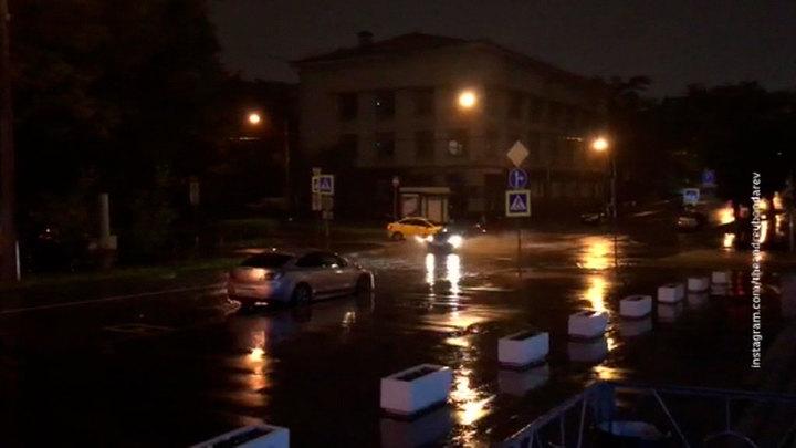 Более 12 мм осадков или пятая часть месячной нормы выпала за ночь в Москве