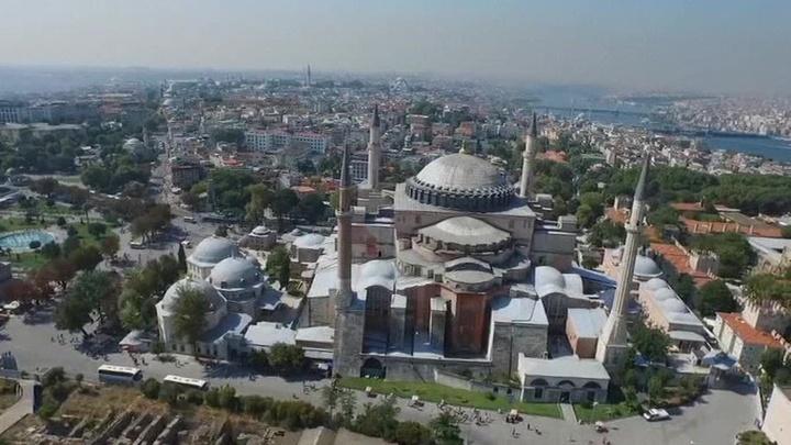 Турция упростила правила въезда для россиян