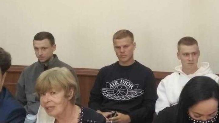 С Мамаева и Кокорина взыскали по 50 тыс. рублей в пользу пострадавшего в драке