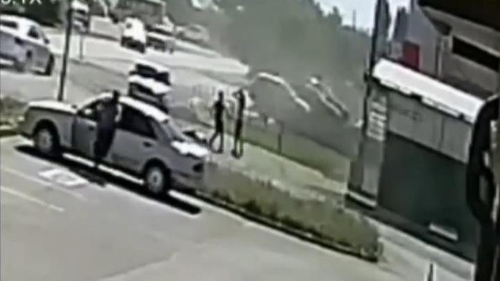 Жители ставропольского села осадили полицию с требованием наказать сбившего девочку подростка