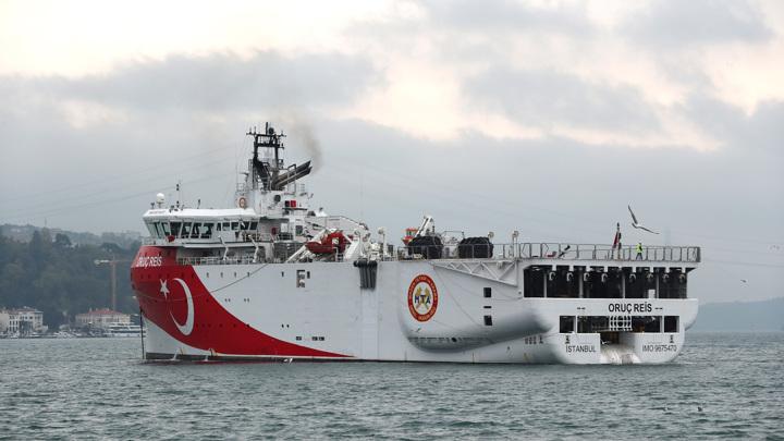 Шеф евродипломатии призвал Турцию прекратить бурение в ИЭЗ Кипра
