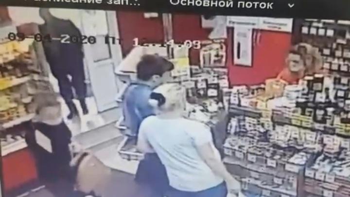 В Татарстане мужчина жестоко расправился с оставившей его возлюбленной
