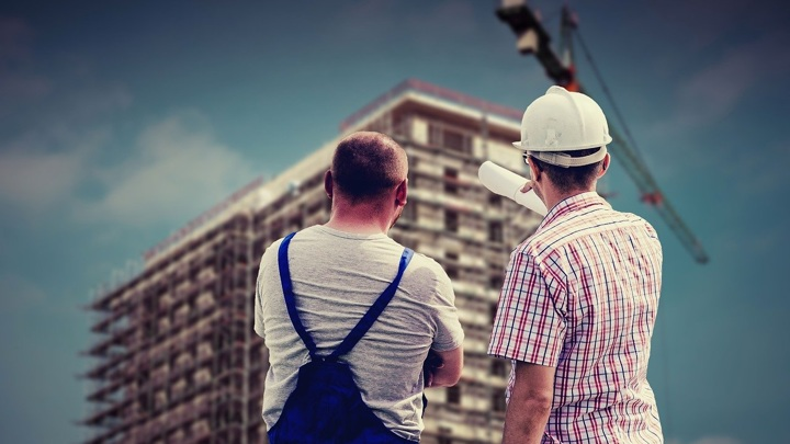 Хуснуллин предложил привлечь пенсионеров к работе на стройках