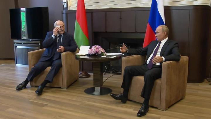 Кремль подтвердил новость о разговоре Путина и Лукашенко